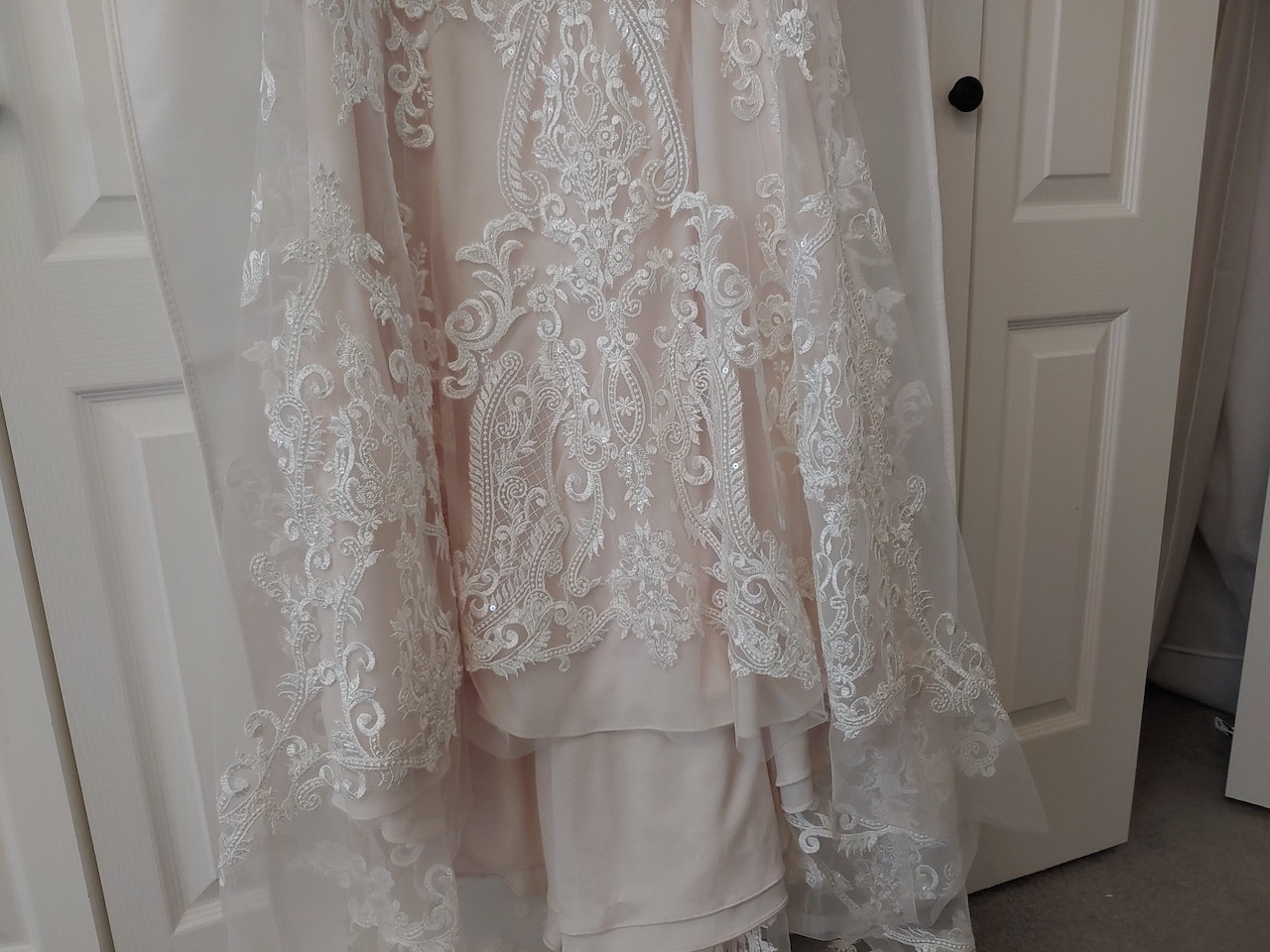 lace used to make wedding dresses